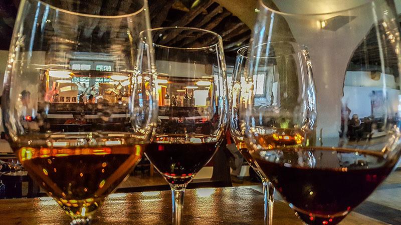 Taste Port wine